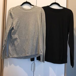 Bundle of GAP long sleeve tees